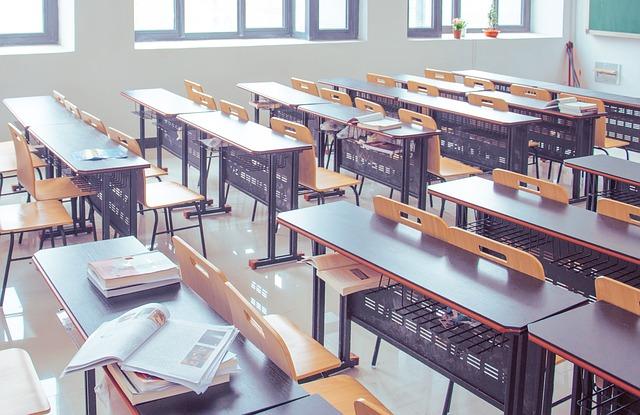 Dokončenie štúdia a uplatnenie v zamestnaní