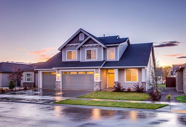 Pred kúpou domu nezabudnite skontrolovať jeho stav